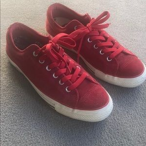 Converse All Star low cut suede